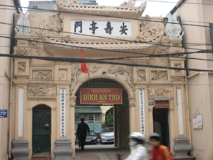 Thụy Khuê: giữ hồn Việt từ những cổng làng