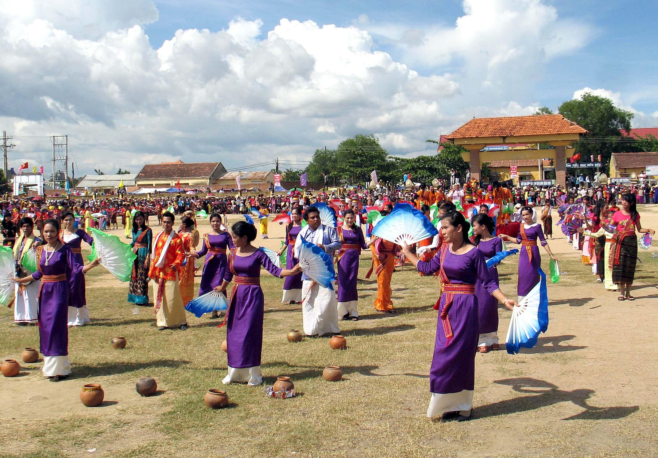 Lễ hội dân gian đặc sắc của dân tộc Chăm ở Ninh Thuận