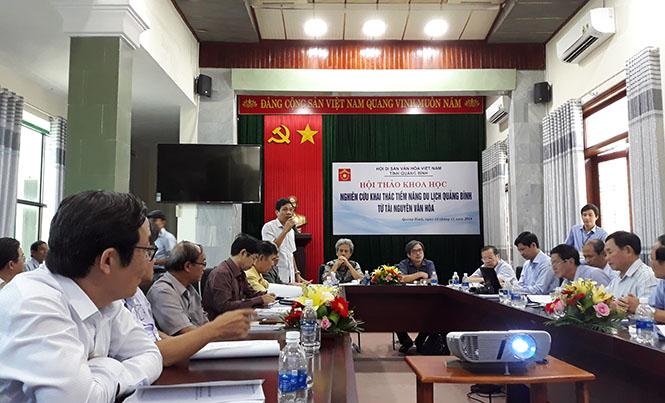"""Hội thảo khoa học """"Nghiên cứu tiềm năng du lịch Quảng Bình từ tài nguyên văn hóa"""""""