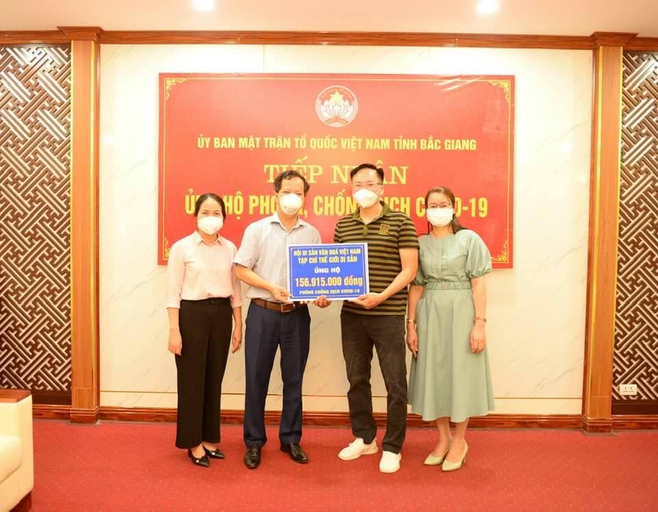 Tạp chí Thế giới Di sản trao gần 157 triệu đồng ủng hộ nhân dân Bắc Giang phòng, chống Covid-19