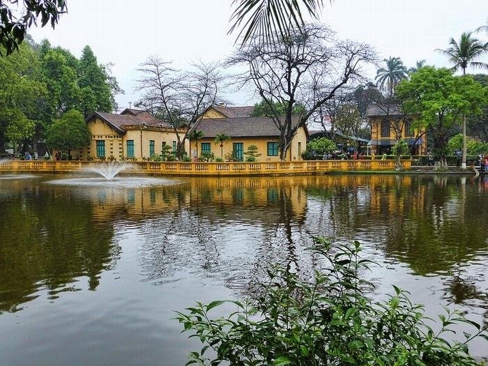 Bàn thêm về việc bảo vệ và phát huy giá trị Khu Di tích Chủ tịch Hồ Chí Minh tại Phủ Chủ tịch